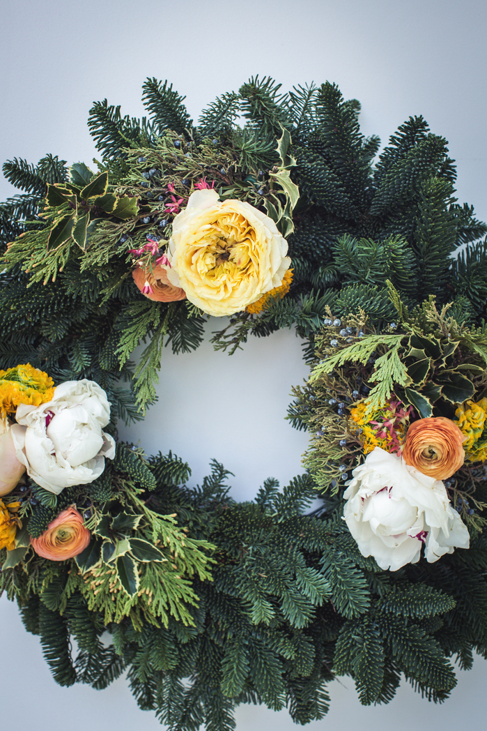 HOLIDAY WREATH-2